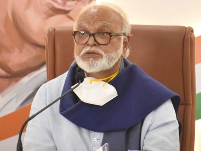 chhagan bhujbal: Third Wave Could Be More Destructive Than The Second Wave Says Chhagan Bhujbal - Chhagan Bhujbal: तिसरी लाट अधिक विध्वंसक असू शकते; 'डेल्टा प्लस'बाबत भुजबळ म्हणाले...   Maharashtra Times