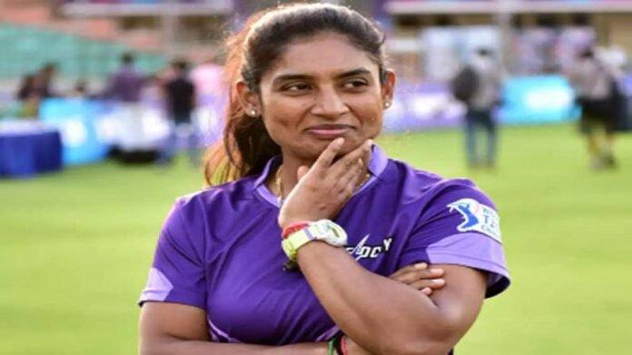 मिताली राजचं टीकाकारांना उत्तर, म्हणाली, 'माझं काम लोकांना खूश करण्याचं नाही!' | Indian Women Cricketer Mithali Raj Said I Dont Need Certification From people Over her Critics For Slow Batting Strike Rate