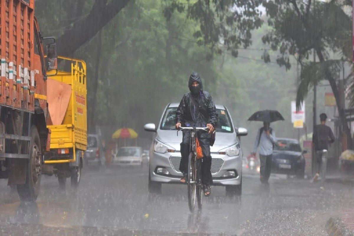 Weather Alert: राज्यात ढगाळ हवामान; 3 तासात मुंबईसह या जिल्ह्यात मुसळधार पावसाची शक्यता