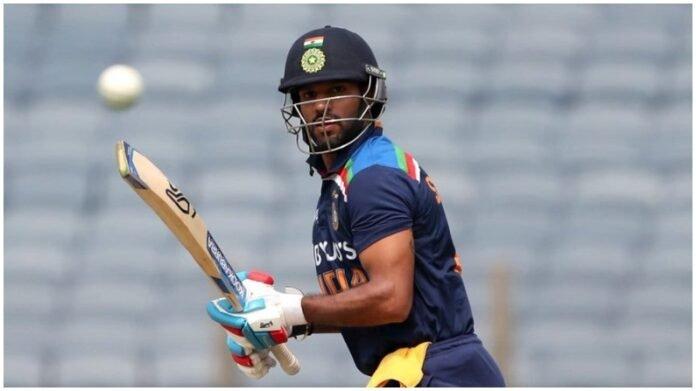 श्रीलंकेविरुद्धच्या मॅचसाठी मैदानात उतरताच शिखर धवन कमाल करणार, दिग्गजांच्या पंक्तीत मिळवणार स्थान   Shikhar Dhawan become 5th indian Who made Captaincy Debute Srilanka