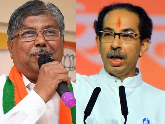 chandrakant patil targets uddhav thackeray: Chandrakant Patil: मोदींमुळे शिवसेनेचे ५६ आमदार निवडून आले आणि...; चंद्रकांत पाटलांचा निशाणा - chandrakant patil targets cm uddhav thackeray and shiv sena