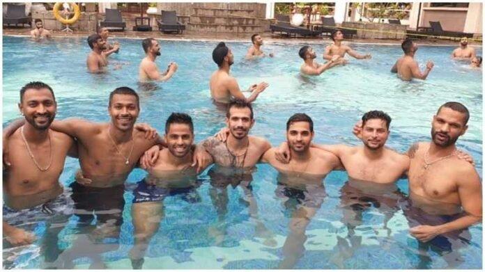 आज ब्लू है पानी पानी, टीम इंडियाची श्रीलंकेत धमाल मस्ती, पाहा PHOTO   India tour of Sri Lanka team india with shikhar dhawan enjoying in swimming pool